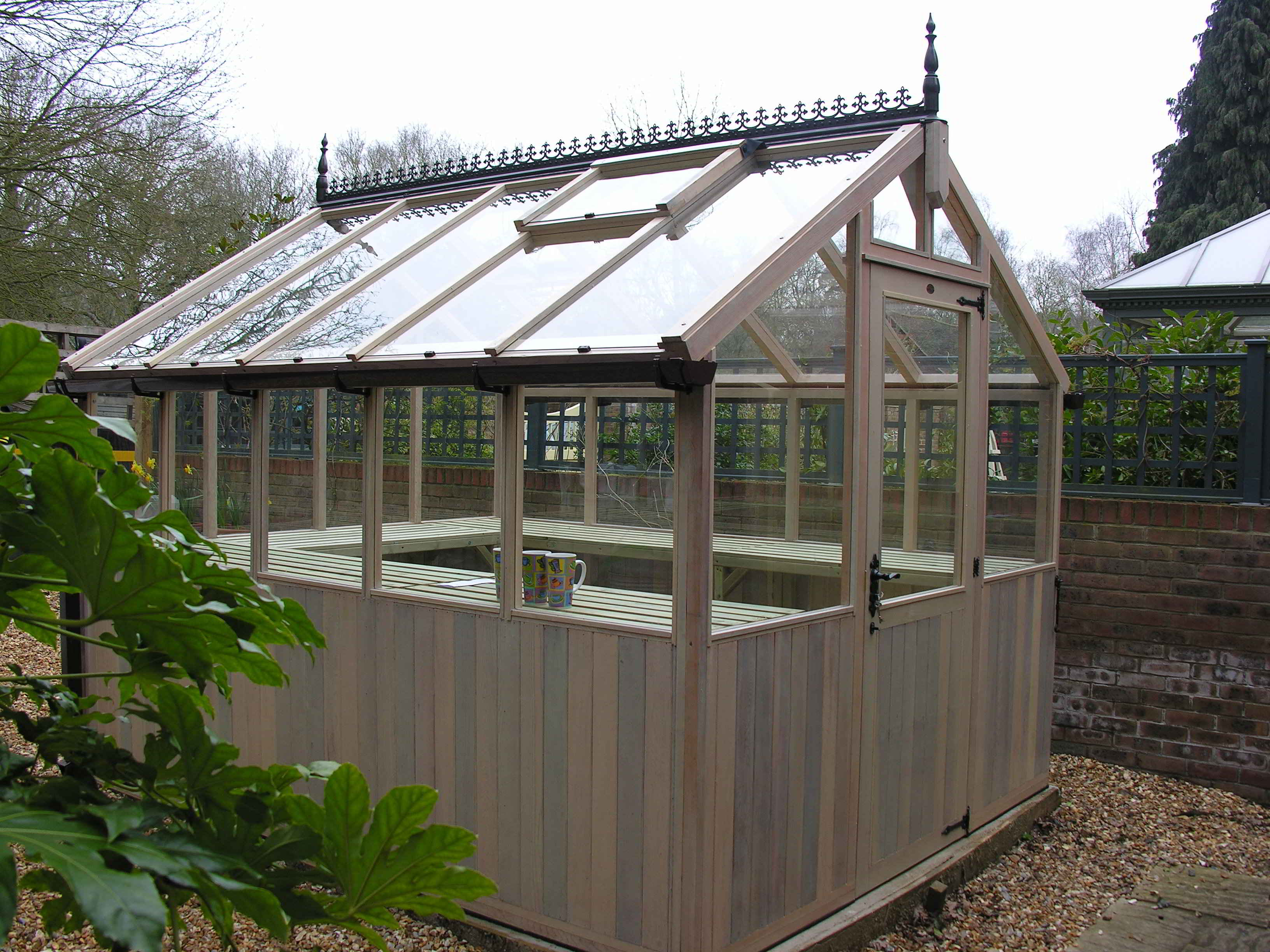 Bromley greenhouse painted eggshell