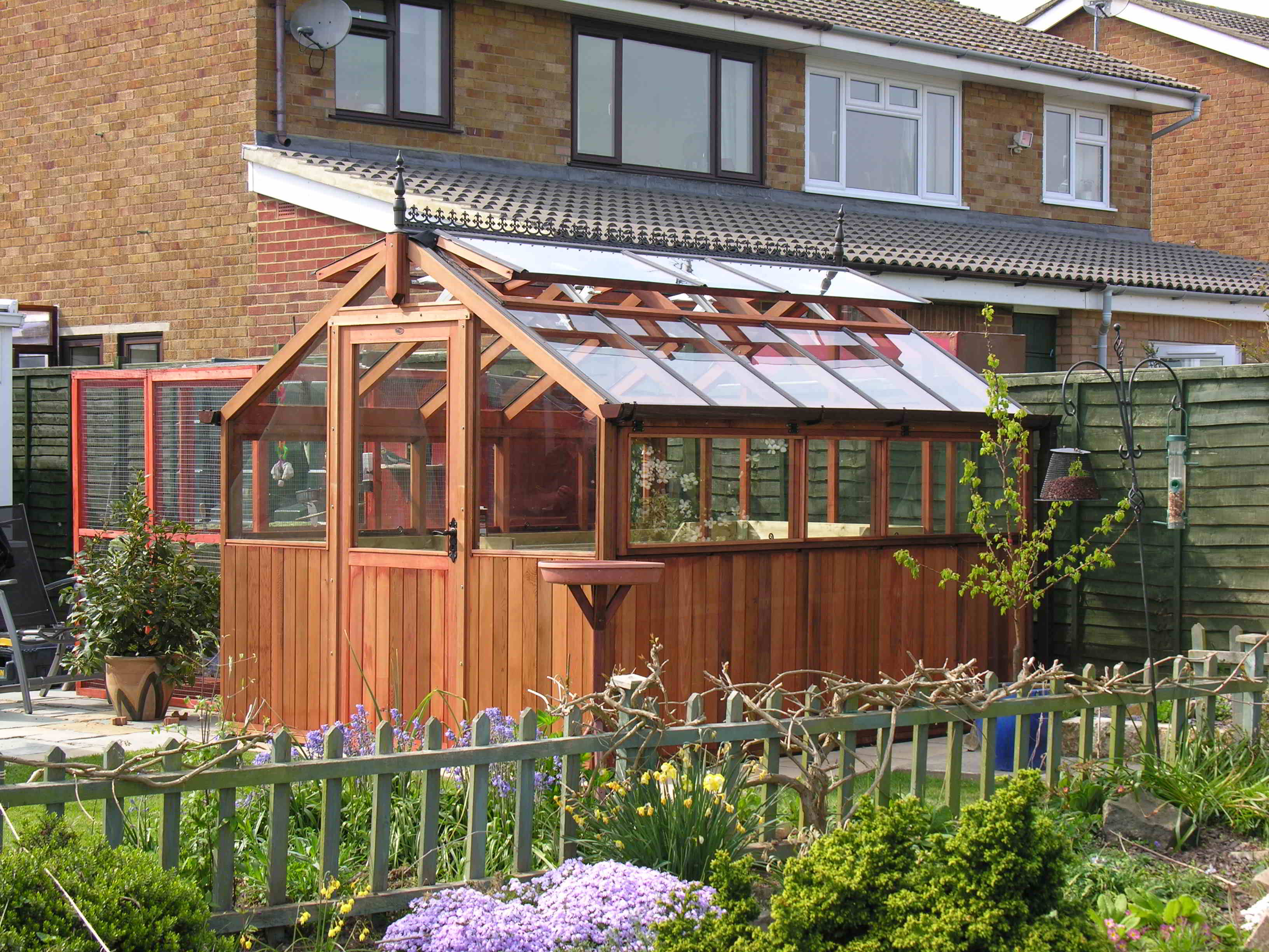 Bromley greenhouse 10 x8 Alpine Style stained red cedar