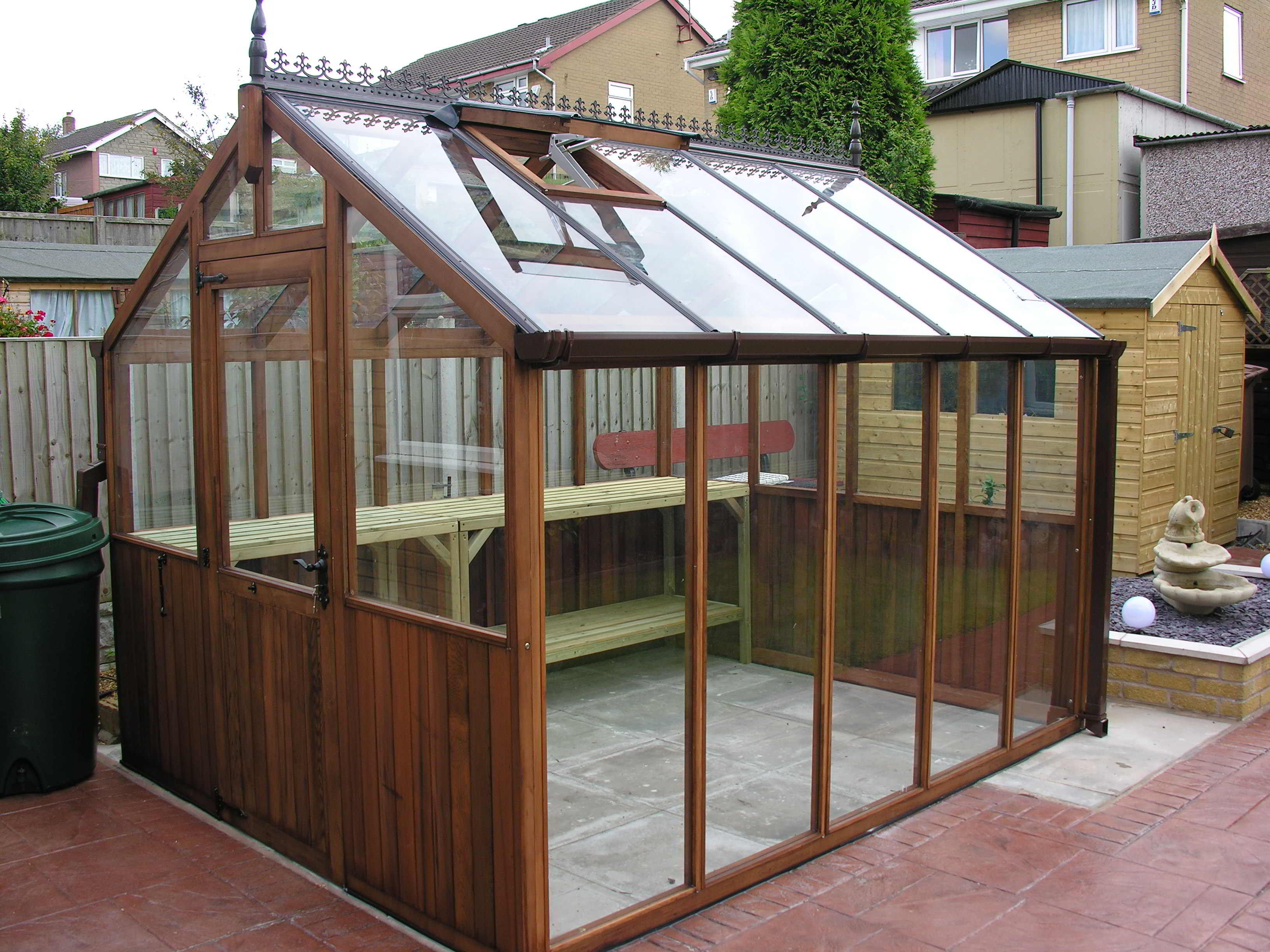 Bromley greenhouse 8 x 10 stained light brown