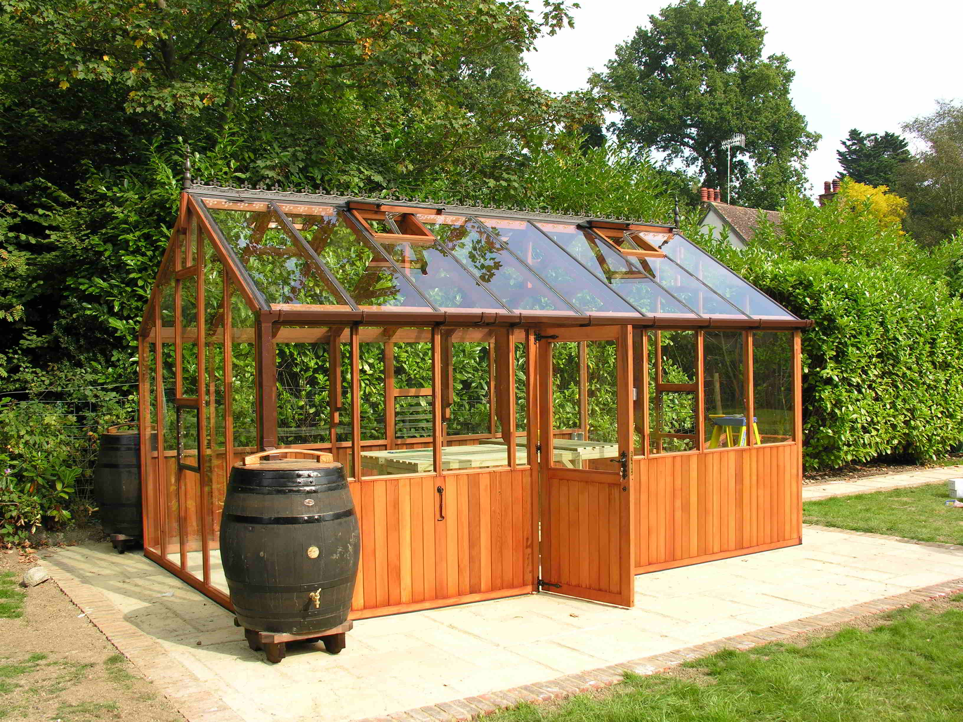 Bromley greenhouse 10 x16  with door in longside