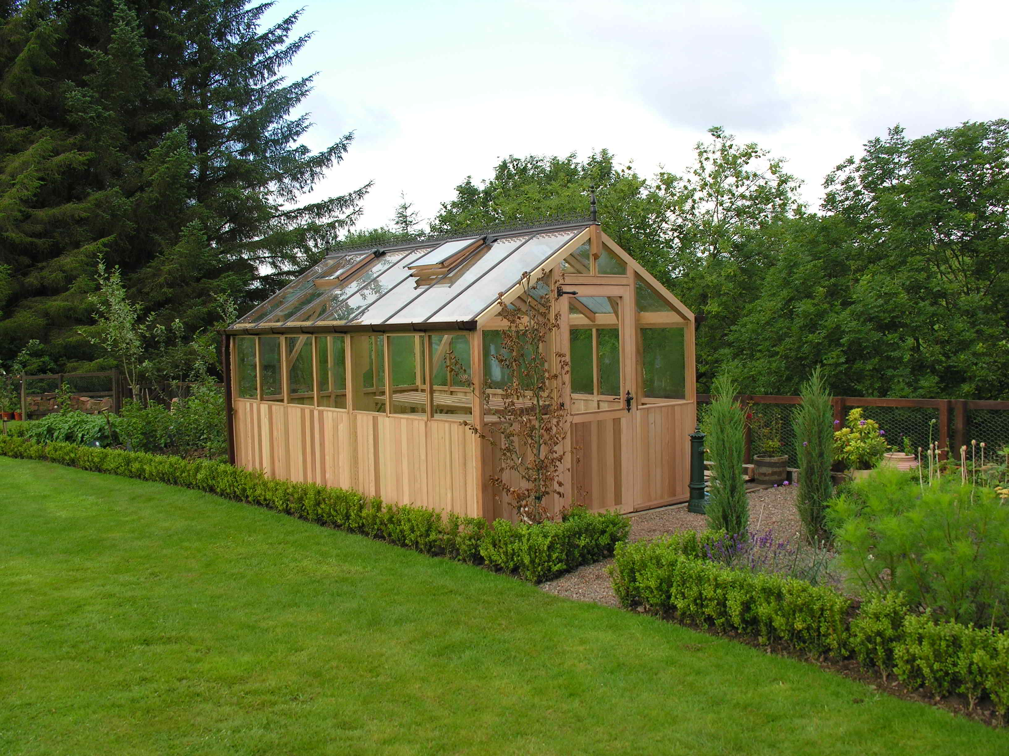 Bromley greenhouse 8 x 14 stained clear