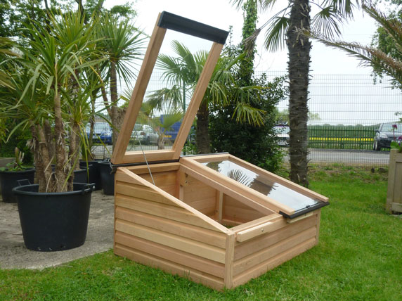 Easy access coldframes