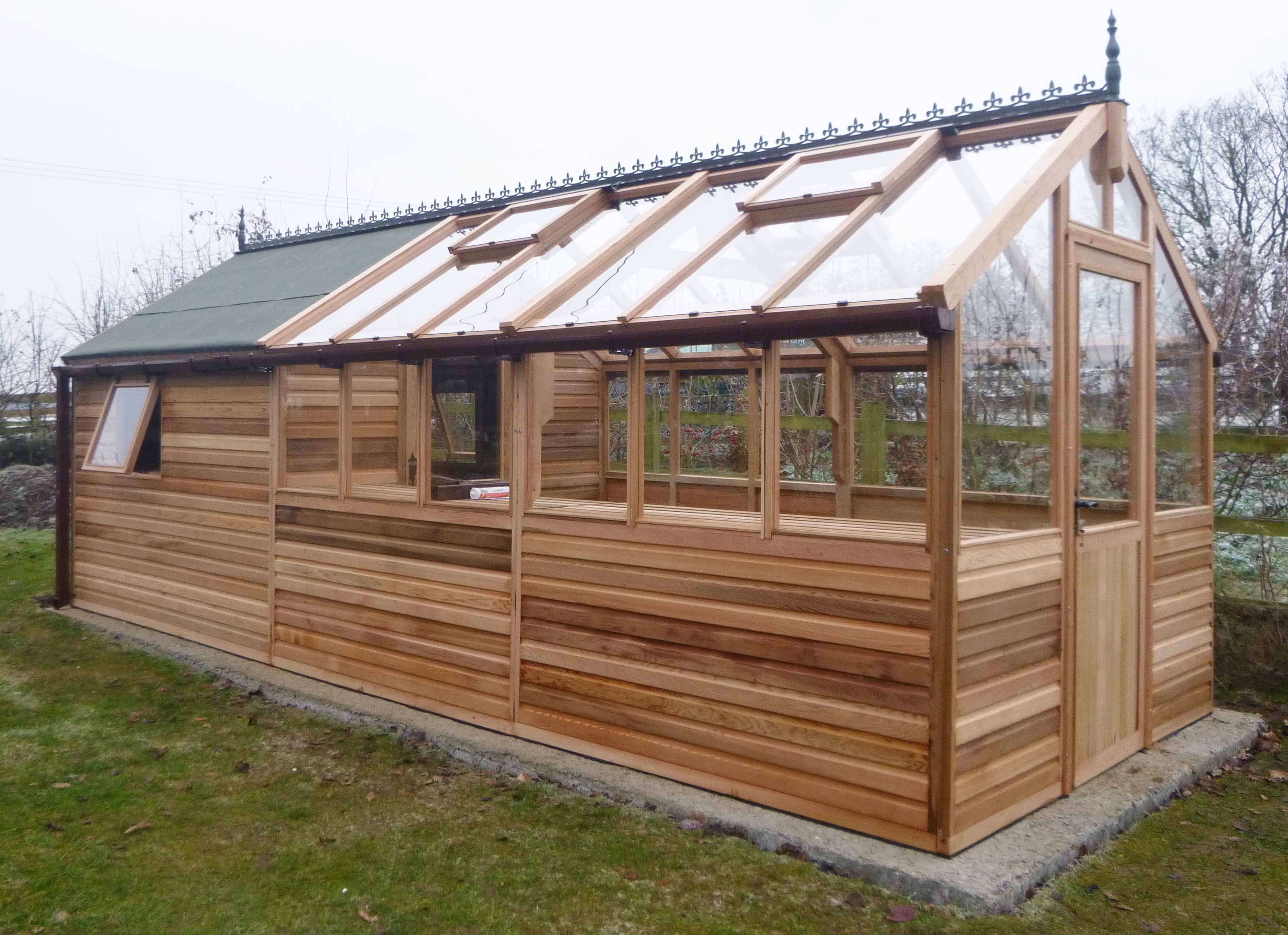 8x12 Bromley Cedar Greenhouse With 8x8 Felted Shed