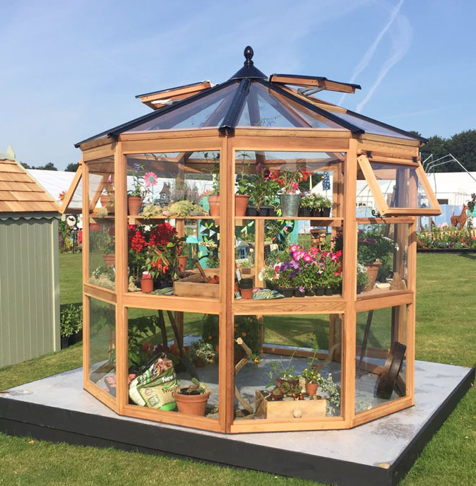 Maintainance Free Decagonal Greenhouse