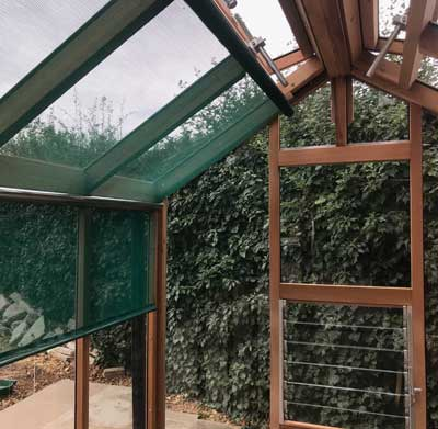 Greenhouse with blinds