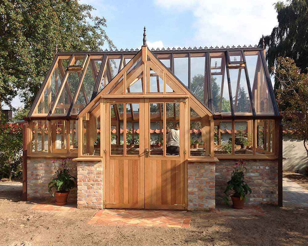 Woodpecker Joinery Cedar Greenhouses Amp Wooden Garden