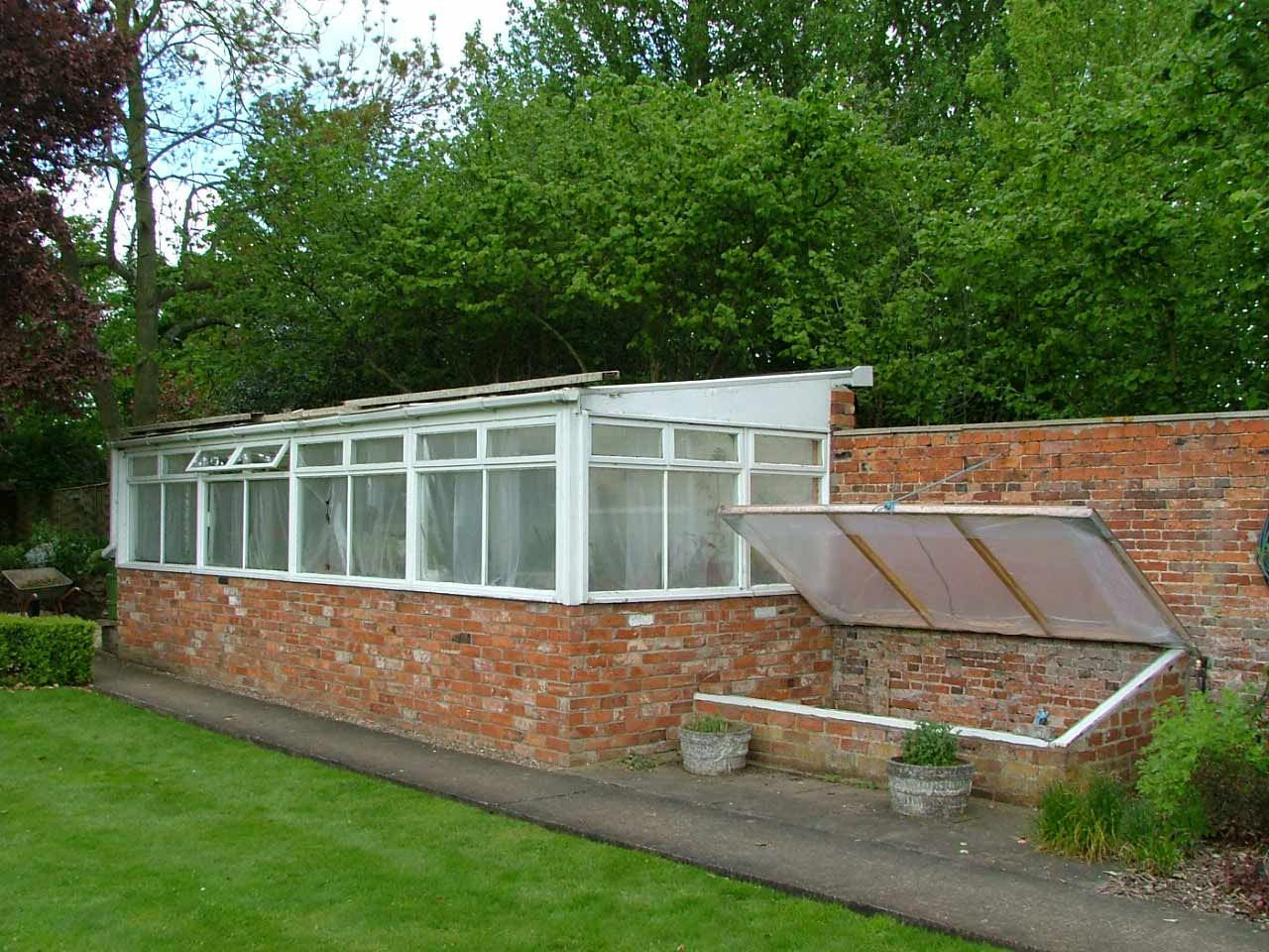 Replacement three quater span greenhouse