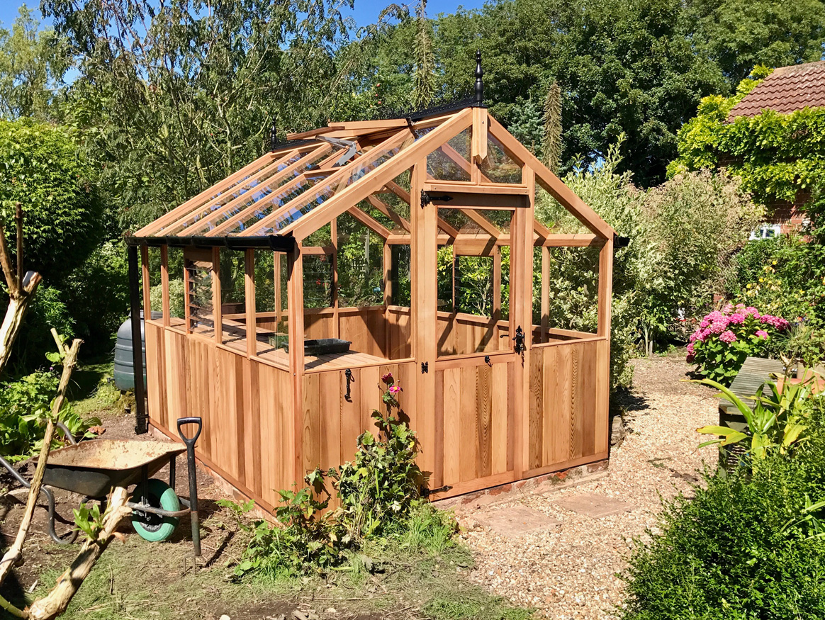 10ft x 8ft Bromley Greenhouse without maintenance free roof system