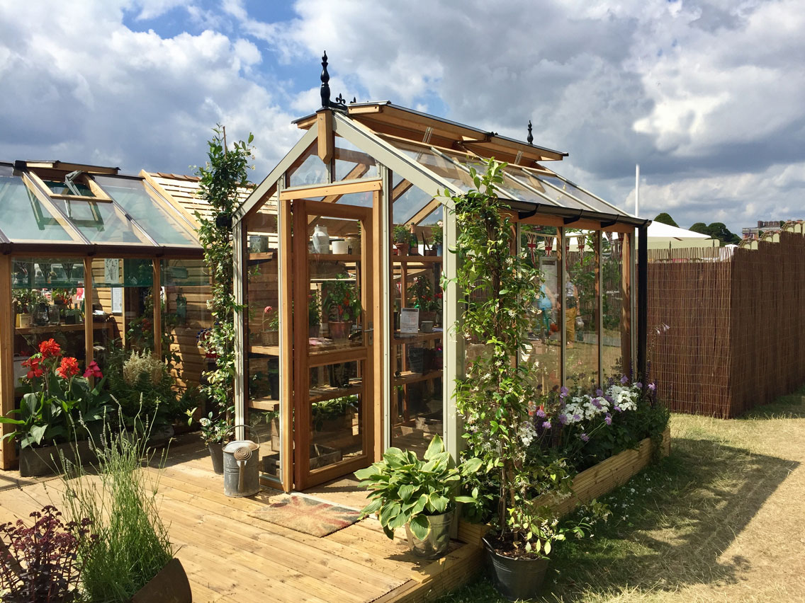 MF Chartley GReenhouse with Ali Cladding